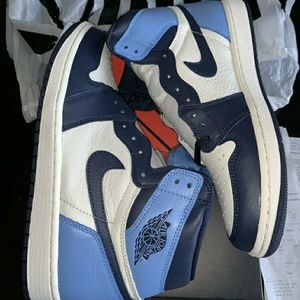 Jordan 1 Obsidian UNC Blue Retro High 555088-140